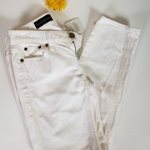 J Crew Cropped Matchstick White Jeans Size 25